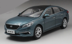 1/18 Dealer Edition 9th Gen Hyundai Sonata (Blue)
