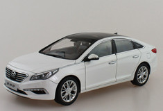 1/18 Dealer Edition 9th Gen Hyundai Sonata (White)