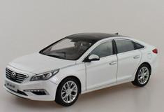 1/18 Dealer Edition 9th Gen Hyundai Sonata (White)