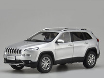1/18 Dealer Edition Jeep Cherokee (Silver)
