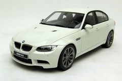 1/18 GTSpirit BMW E90 M3 (White)