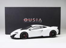 1/18 Kyosho Mclaren 675LT (White) Enclosed Diecast Car Model