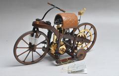 1/10 Franklin Mint 1885 Daimler Harley Davidson Motorcycles