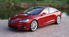 RARE 1/18 Dealer Edition Tesla Model S P100D (Red) Diecast Car Model