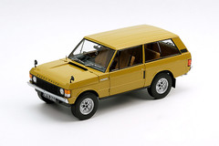 1/18 Almost Real 1970 Land Rover Range Rover (Yellow)