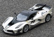 1/18 Bburago Ferrari Laferrari FXXK Evo #70 (White) Diecast Model