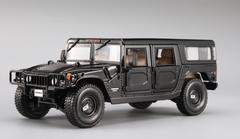 1/18 Maisto Premiere Edition Hummer H1 (Black) Diecast Model