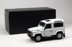 1/18 Kyosho Land Rover Defender 90 Short Wheelbase (White) Diecast Car Model