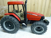 1/16 ERTL Case 110 MX110 Tractor Tractor Diecast Model