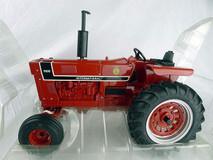 1/16 ERTL International Harvester 966 Tractor Diecast Model