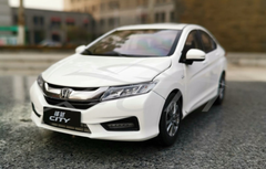 1/18 Dealer Edition 2018 Honda City (White) Diecast Car Model