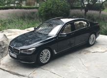 1/18 Dealer Edition BMW G11 7 Series 740i 740e 750i (Dark Blue) Diecast Car Model