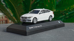 Copy of 1/43 Dealer Edition BMW 3 Series GT 330i GT 340i GT (White) Diecast Car Model