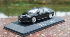 1/43 Dealer Edition 8th Generation 2018 Toyota Camry (Black) Diecast Car Model