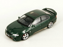 RARE 1/18 AUTOart HSV VX GTS SEDAN (Green) Diecast Car Model
