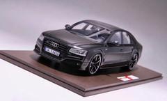 1/18 MOTORHELIX 2017 Audi S8 Plus (Black) Enclosed Resin Model Limited 399