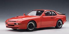 1/18 AUTOart PORSCHE 924 CARRERA GT 1980 - GUARDS RED Diecast Car Model