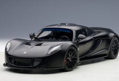 1/18 AUTOart HENNESSEY VENOM GT SPYDER (MATT CARBON BLACK) Diecast Car Model 75401