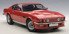 1/18 AUTOart ASTON MARTIN V8 VANTAGE 1985 (SUFFOLK RED) Diecast Car Model 70222