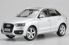 1/18 Dealer Edition Audi Q3 (Silver) Diecast Car Model