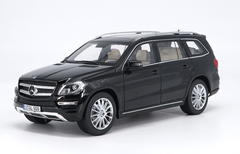 1/18 Dealer Edition 2016 Mercedes-Benz MB GL-Class GL-Klasse GL500 (Black) Diecast Car Model