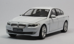 1/24 Welly FX BMW F10 5 Series 535i (White) Diecast Car Model