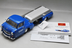 "1/18 CMC Mercedes-Benz Racing Car Transporter ""The blue Wonder"", 1954/55 REVISED EDITION Diecast Car Model"
