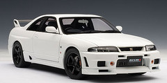 1/18 AUTOart Nissan Skyline GTR GT-R R33 R-Tune (White) Diecast Model Car 77325