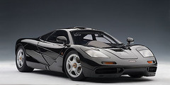 RARE 1/18 AUTOart MCLAREN F1 - JET BLACK METALLIC / METALLIC BLACK Diecast Car Model 76002