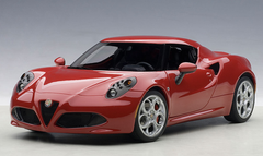 1/18 AUTOart ALFA ROMEO 4C Hardtop (ALFA RED) Diecast Car Model 70189