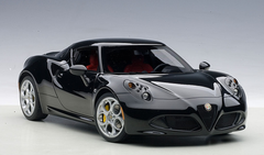 1/18 AUTOart ALFA ROMEO 4C Hardtop (GLOSS BLACK) Diecast Car Model 70184