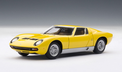 1/43 AUTOart LAMBORGHINI MIURA SV - YELLOW WITH OPENINGS Diecast Car Model 54541