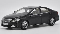 1/18 Dealer Edition 2012 7th Generation Toyota Camry (Black) Diecast Car Model