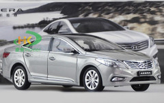1/18 HYUNDAI AZERA (SILVER GREY) DIECAST CAR MODEL