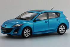 DEALER 1/18 MAZDA 3 HATCHBACK (BLUE) DIECAST CAR MODEL