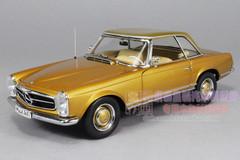 1/18 MERCEDES-BENZ 1963 230SL (GOLDEN) CAR MODEL