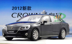 1/18 TOYOTA CROWN (BLACK) DIECAST CAR MODEL