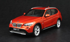 KYOSHO 1/18 BMW X1 (ORANGE) DIECAST CAR MODEL!