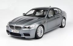 1/18 Paragon BMW M5 (F10) (Grey)