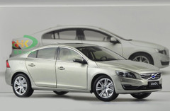 1/18 Dealer Edition Volvo S60L (Grey)