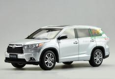 1/18 Dealer Edition 2015 Toyota Highlander (Silver)