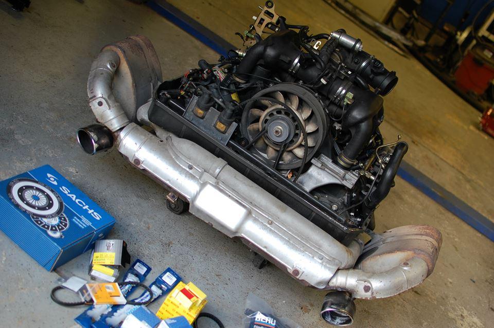 993-engine.jpg