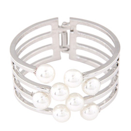 Silver Pearl Hinged Bangle