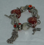 Red Heart Bead Braclet