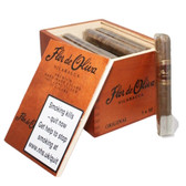 Flor De Oliva  - Robusto - Box of 25 Cigars