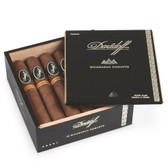 Davidoff - Nicaragua - Robusto - Box of 12 Cigars