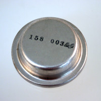 158-00300   CLEVELAND HUB CAP