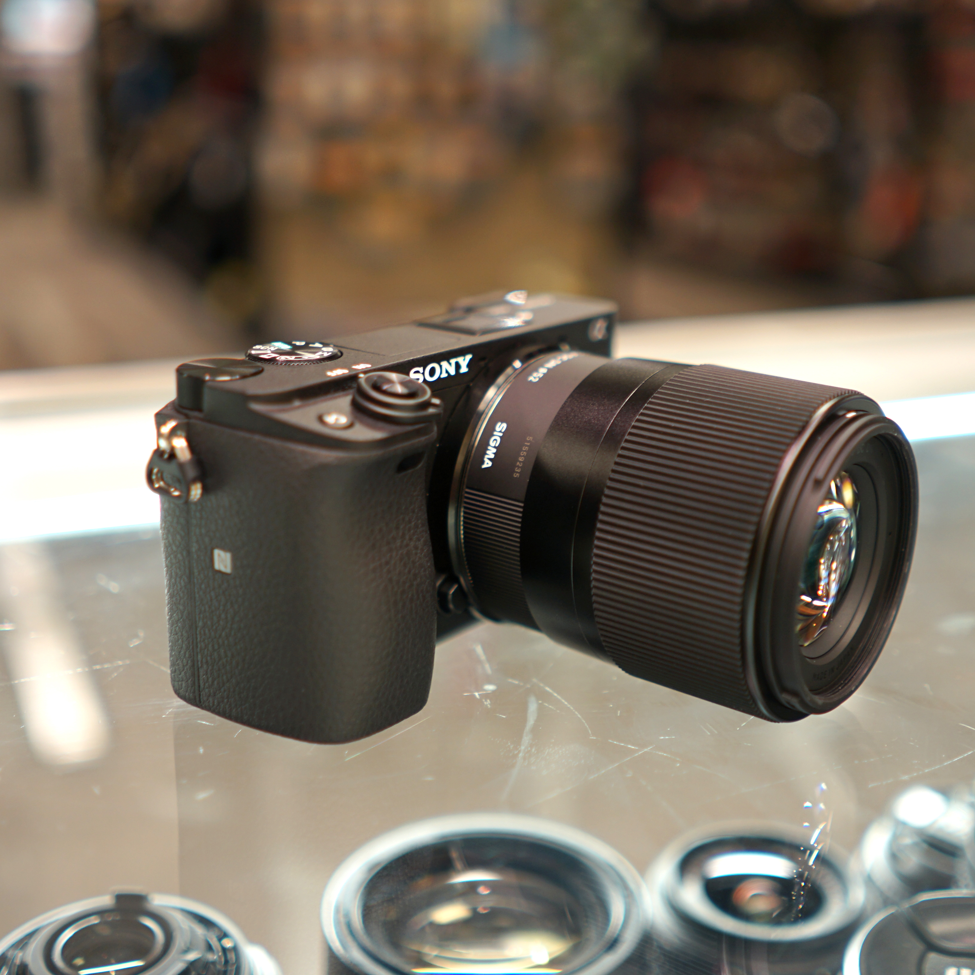 Sony E Mount Full Frame Lenses >> FIRST LOOK: Sigma 30mm F/1.4 Contemporary Lens for Sony E ...