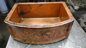 Copper Farmhouse Sink Single Well Rounded Front 33X22X10 somber patina with motif
