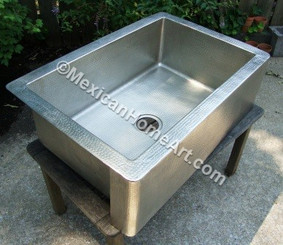 33X22X10 Nickel Plated Copper Single Well Farmhouse Sink corner view 3.5 inch drain hole